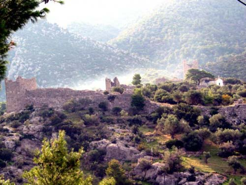 Egosthena, panoramic view of the castle with the basilica of St George EGOSTHENA (Ancient fortress) ATTICA, WEST
